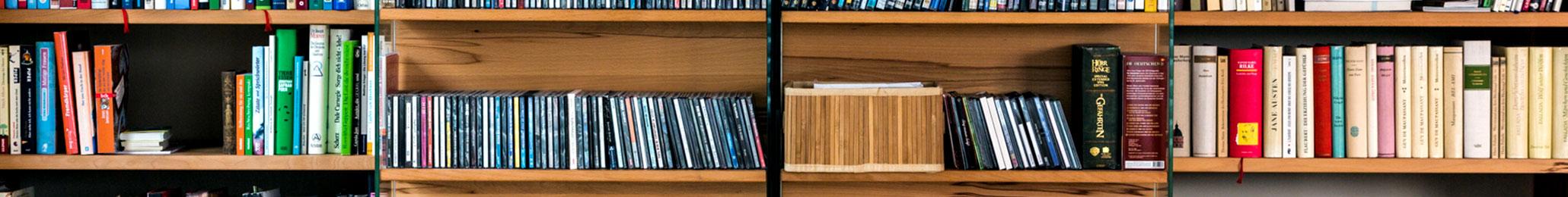 Anspruchsvolle Bibliotheken nach Maß in den verschiedensten Stilrichtungen, allen Maßen und top geplant - Einbauschränke bei Kieppe