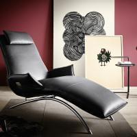 Liege Couch Sessel Sschwarz Farbe Echtleder Leder Koinor Sofa Joleen Metall Gestell Material Lack Schwarz Bequem Relaxen Lümmeln Ausruhen Schlafen Sitzen Sitzmöbel Möbel Armlehne