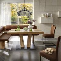 Modernes Ess - oder Speisezimmer mit Schwingstühlen und Eckbank