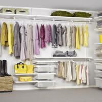 Kleider einfach verstaut - Einbauschranksystheme für jeden Bedarf und Budget