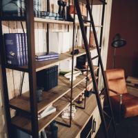industrial vintage Bücherregal, Bücherregal mit Anstellleiter, industrial vintage Arnstadt, Büchereregal mit Leiter, Bibliothek im industrial vintage Stil, Bibliothek im industrial vintage Syle