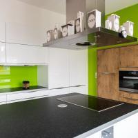 Küche als Einbauschrank, Speisekammer