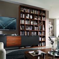 Moderne Bibliothek von Linea Concept Mit Hängesideboard und Lackfront