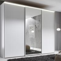 Kleiderschrank mit Deckenbeleuchtung in Weiß und Spiegelfläche
